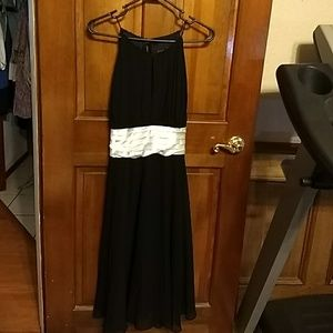 Size 16 nwt black and white special occasion dress